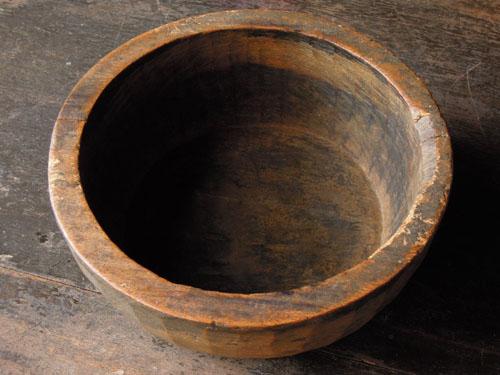 厚みのある器,アンティーク,器,ボウル,木製,刳り貫き,こね鉢,プリミティブ,ディスプレイ,ショップ