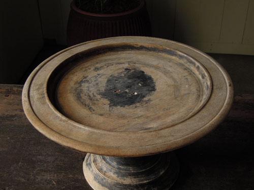 浅めで皿のような形状,アンティーク,器,高杯,木製,プリミティブ,古道具