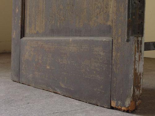 脚元の状態,アンティーク,ヴィンテージ,ドア,玄関ドア,白,ペイント,ガラス
