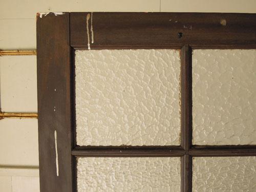 垂れた白いペンキもいい表情,アンティーク,ヴィンテージ,ドア,木製ドア,白,ペイント,こげ茶,ガラス窓