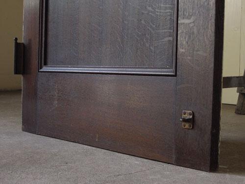 脚元の状態も良好,アンティーク,ヴィンテージ,ドア,玄関ドア,白,ペイント,イギリス,オーク材