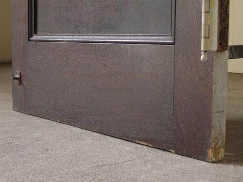 脚元,アンティーク,ヴィンテージ,建具,ドア,玄関ドア,白,ペイント,イギリス,オーク材
