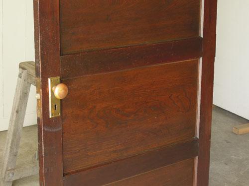シンプルなデザイン,アンティーク,ドア,洋館,木製,ドアノブ,鍵付き,書斎,アトリエ,