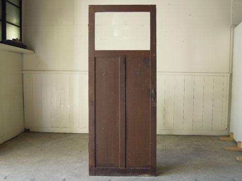 裏は焦げ茶色,アンティーク,ドア,木製,建具,ペイント,ブルーグレー,アトリエ,小屋