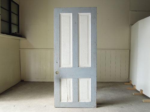 正面,アンティーク,ヴィンテージ,ドア,建具,ペイント,白,店舗,ディスプレイ