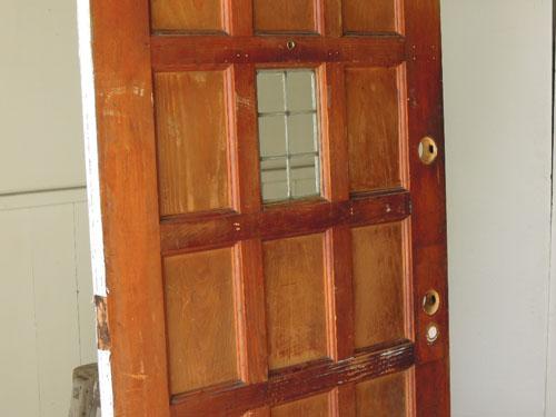 格子状のデザインが素敵,アンティーク,ドア,建具,木製,ステンドグラス,格子,ペイント,白,リノベーション