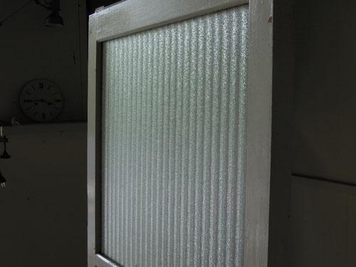 銀モールガラスを贅沢に使用,アンティーク,ドア,建具,木製,ペイント,白,リノベーション,ガラス戸