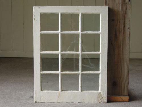 正面,アンティーク,窓,建具,木製,格子,ペイント,白,リノベーション