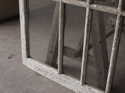 アンティークの風合い,アンティーク,引き違い戸,ガラス戸,引戸,建具,ペイント,リノベーション,店舗,間仕切り