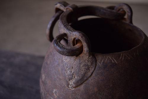 美しい造形,アンティーク,鉄器,釣瓶,装飾,インド,ディスプレイ,コレクション,古道具,