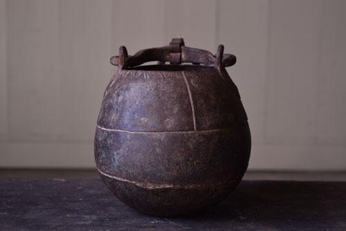 花器やオブジェとしても,アンティーク,鉄器,釣瓶,装飾,インド,ディスプレイ,コレクション,古道具,