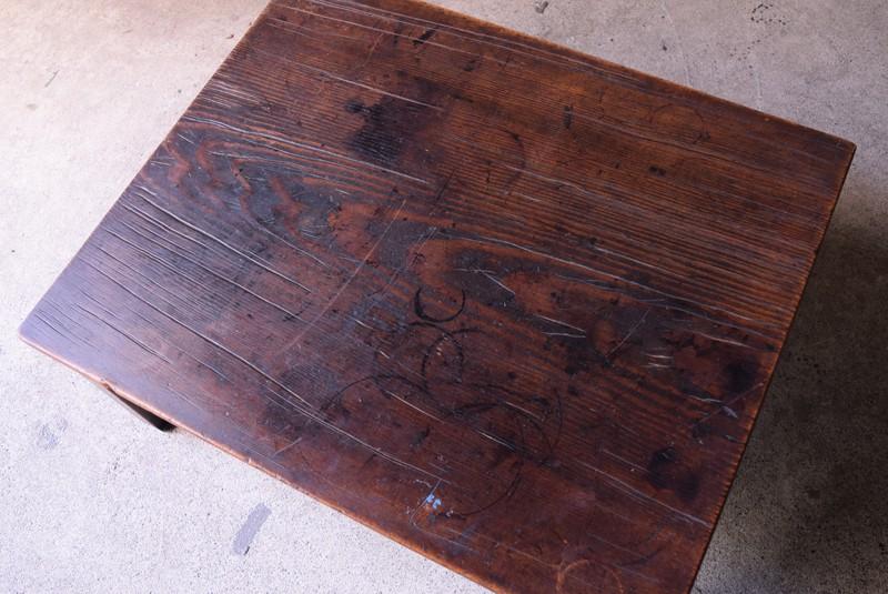 アンティーク,時代,座卓,テーブル,ローテーブル,日本,杉材,天板,俯瞰
