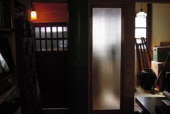大正時代から、昭和初期頃の粋な流行と意匠を楽しむ。