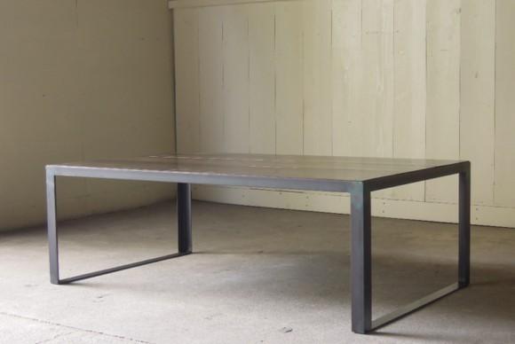 アイアンセンターテーブル,アイアンテーブル,インダストリアルテーブル,オリジナル,店舗什器,アンティーク什器,受注製作,黒皮,蜜蝋仕上げ
