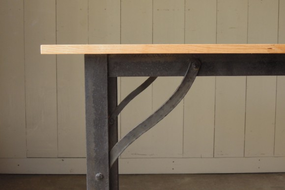 オリジナルアイテム,アンティーク,ビンテージ,インダストリアルテーブル,サイズオーダー,鉄脚テーブル,天板無垢,アイアンフレーム,ダイニングテーブル,作業台,ワークデスク