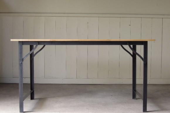 インダストリアルテーブル,サイズオーダー,鉄脚テーブル,天板無垢,アイアンフレーム,ダイニングテーブル,作業台,ワークデスク