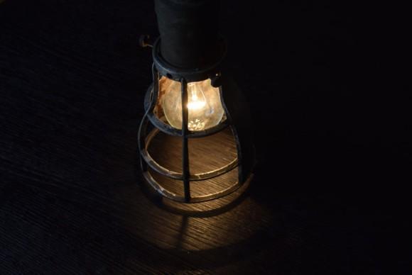 間接照明,ナイトランプ,オブジェ,インテリア,ペンダントライト,マリンライト,マリンランプ,シグナルライト,ワークライト,インダストリアル照明,アトリエライト,フロアライト,アンティーク,ビンテージ,スタンドライト