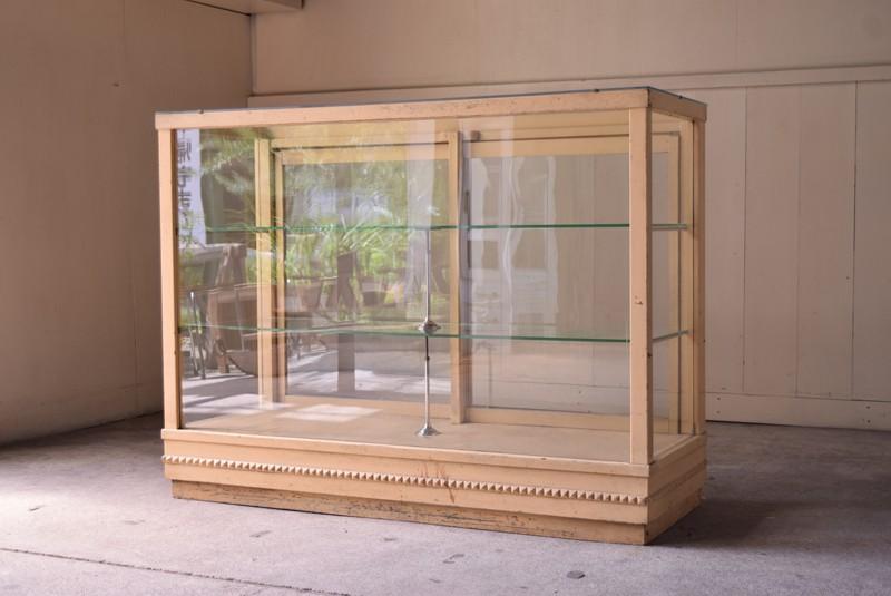 ガラスケース,ガラスショーケース,ショーケース,陳列,什器,ディスプレイ,ショップ,埼玉,東京,refactory antiques