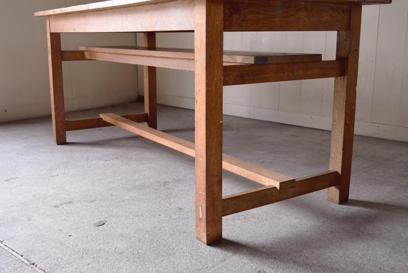 アンティーク,楢材,ナラ材,テーブル,作業台,学校,アトリエ,図工室,天板下