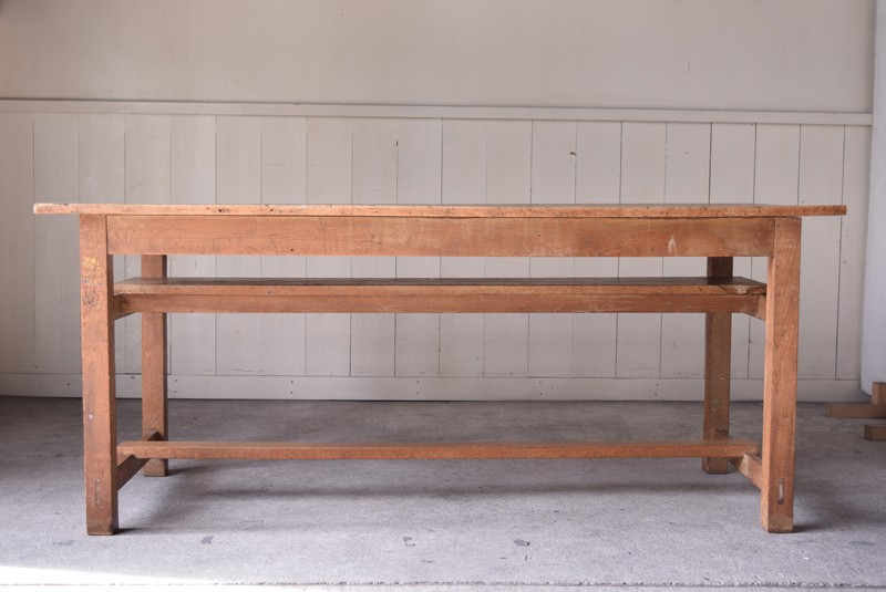 アンティーク,楢材,ナラ材,テーブル,作業台,学校,アトリエ,図工室,正面