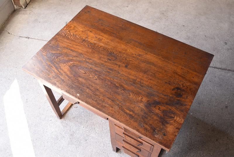 木目のきれいな楢材,アンティーク,ヴィンテージ,机,デスク,片袖机,引き出し,パソコンデスク