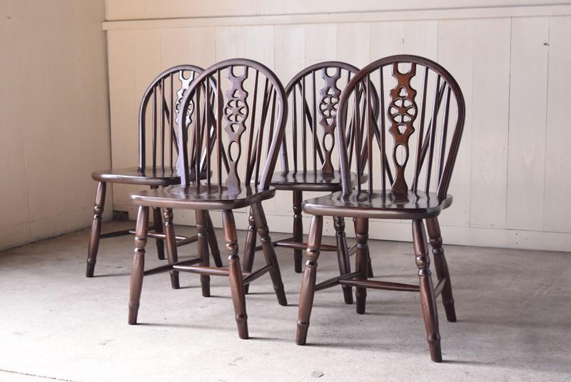 椅子は4脚セット,アンティーク,ヴィンテージ,ダイニングテーブル,ダイニングチェア,ホイールバックチェア,椅子,イギリス,アーリーアメリカン,カントリー