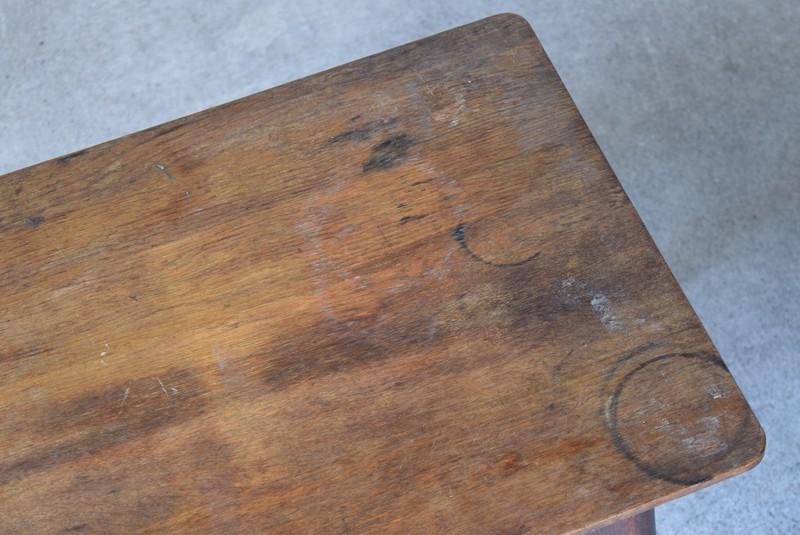 アンティーク,ヴィンテージ,テーブル,センターテーブル,ナラ材,楢材,カフェ,輪ジミも少々