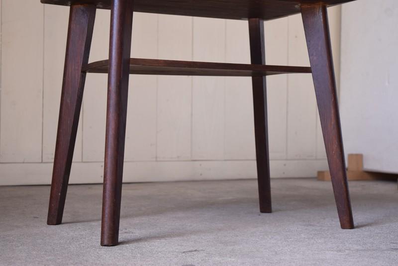 アンティーク,ヴィンテージ,テーブル,センターテーブル,ナラ材,楢材,カフェ,脚元