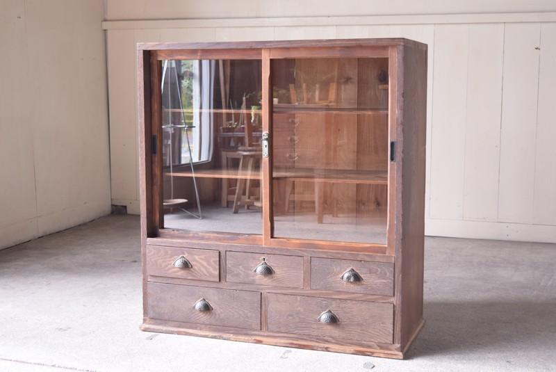 アンティーク,ヴィンテージ,食器棚,整理箪笥,収納棚,ガラス戸収納棚,什器,家具,リファクトリーアンティークス,REFACTORY antiques