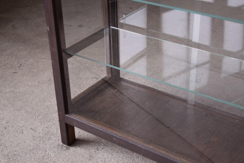 ガラス面はきれいな状態,アンティーク,ガラスショーケース,ガラスケース,陳列棚,レジカウンター,食器棚