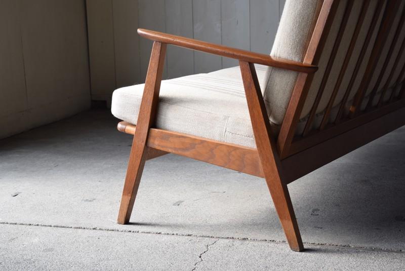 側面のフレームデザイン,イージーチェア,木製フレーム,3人掛けソファ,デンマーク,チーク材,ヴィンテージ,60's,70's、