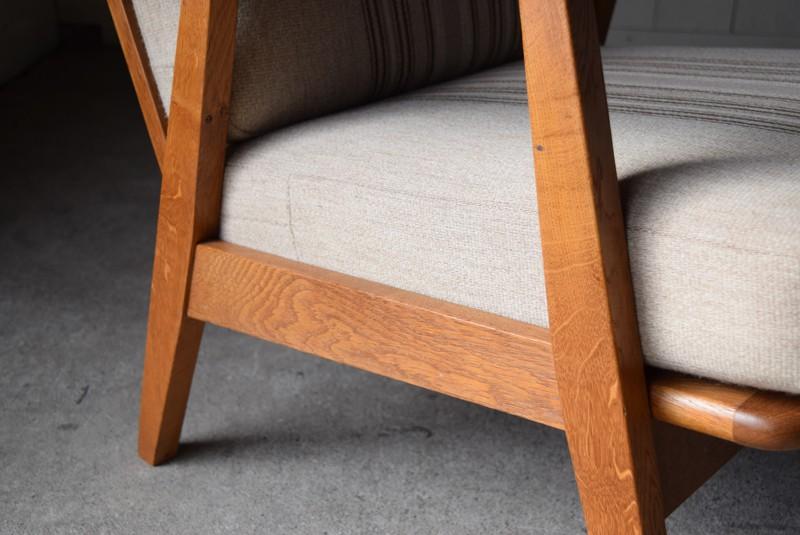 フレームはオーク材,デンマーク家具,北欧家具,イージーチェア,ソファ,ビンテージ,チーク材,オーク材