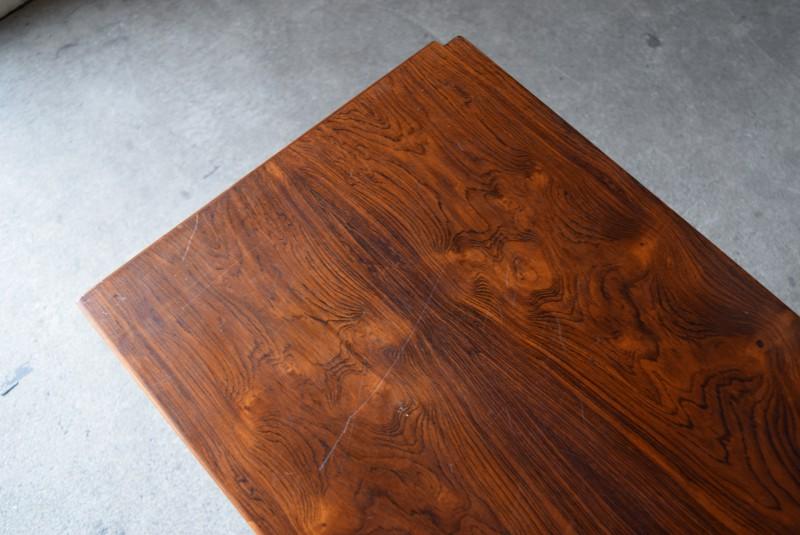 ブックマッチの天板,ローズウッド,木目,天板デンマーク,ビンテージ,サイドボード,