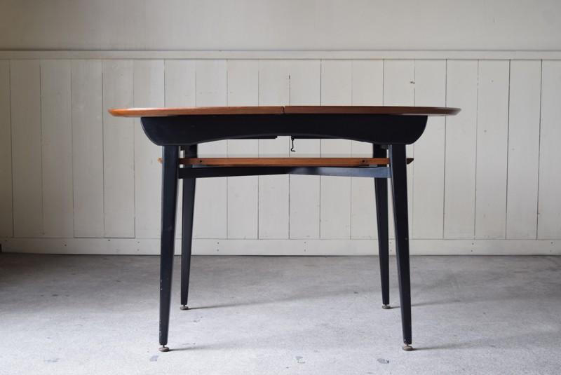 天板を抜いた様子,エクステンションテーブル,北欧, G-Plan, ダイニングテーブル,イルマリタピオヴァーラ