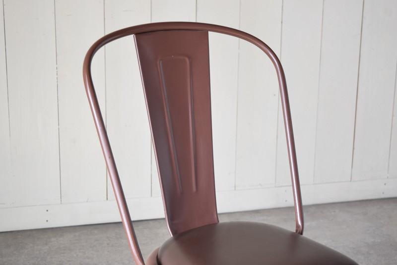 程良く角度がついた背もたれ,ヴィンテージ,椅子,TOLIX,Aチェア,フランス製,カフェチェア