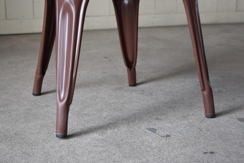 脚元,ヴィンテージ,椅子,TOLIX,Aチェア,フランス製,カフェチェア