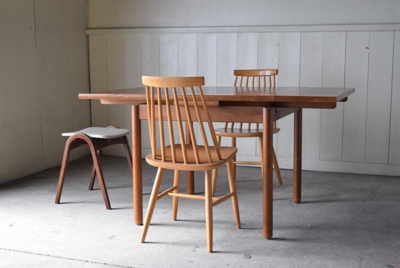レイアウトのイメージ,karimokuカリモクテーブル,バタフライテーブル,ダイニングテーブル,エクステンション,バタフライ