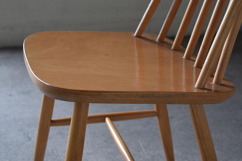座面の状態,イギリス,北欧,ウィンザーチェア,椅子,チェア,ヴィンテージ,アンティーク,イルマリタピオヴォーラ,ファネットチェア,コームバック