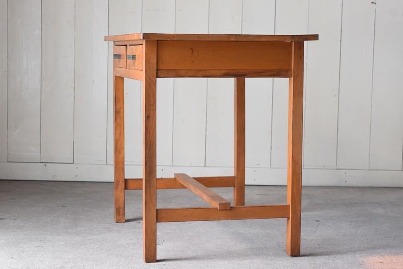 側面,アンティーク,デスク,机,テーブル,作業台,平机,引き出し,無垢材,ヴィンテージ