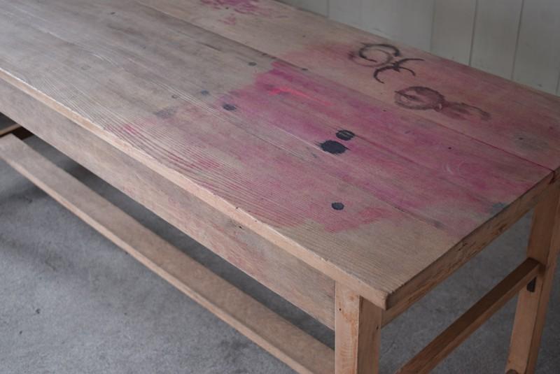 取りきれないインク染み,アンティーク,テーブル,陳列台,作業台,カウンター,長テーブル,ワークテーブル,無垢材