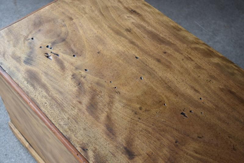 天板の状態,イギリス,アンティーク,トランク,木製,船トランク,収納,ローテーブル,ディスプレイ