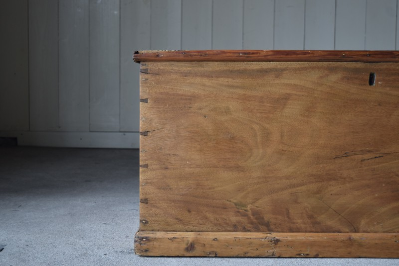 木目,イギリス,アンティーク,トランク,木製,船トランク,収納,ローテーブル,ディスプレイ