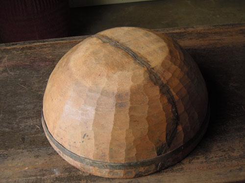 裏,アンティーク,器,ボウル,木製,プリミティブ,金具,刳り貫き型,雑貨,古道具