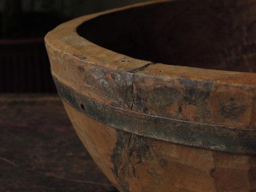無垢の木特有の割れを金具で補強,アンティーク,器,ボウル,木製,プリミティブ,金具,刳り貫き型,雑貨,古道具