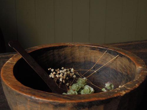 野菜やフルーツのストックとしても,アンティーク,器,ボウル,木製,刳り貫き,こね鉢,プリミティブ,ディスプレイ,ショップ