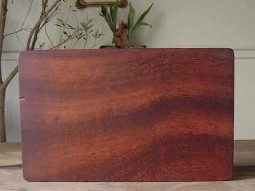 きれいな木目のカッティングボード,アンティーク,カッティングボード,まな板,北欧雑貨,デンマーク,チーク材