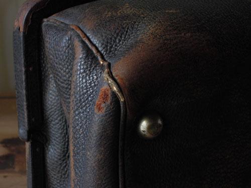 隅などは擦れている箇所も,アンティーク,カバン,レザーバッグ,ドクターズバッグ,鞄,ショップ,ディスプレイ,古道具,雑貨