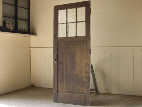 逆側はこげ茶,アンティーク,ヴィンテージ,建具,ドア,玄関ドア,白,ペイント,ガラス