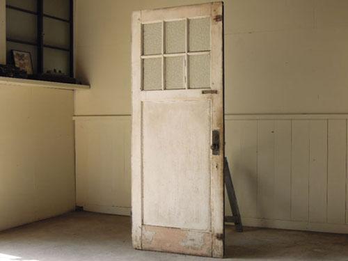 アンティーク,ヴィンテージ,ドア,建具,玄関ドア,白,ペイント,ガラス,味,ドアノブ