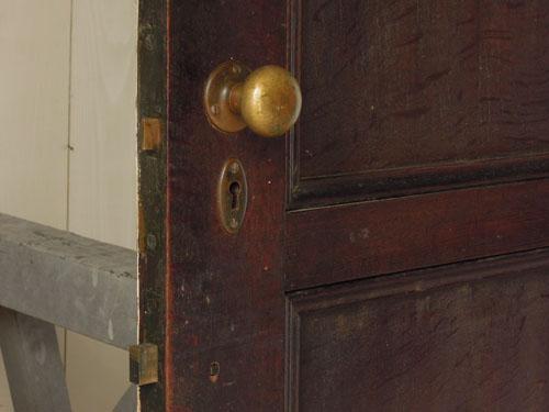 古いドアノブ,アンティーク,ヴィンテージ,建具,ドア,玄関ドア,白,ペイント,イギリス,オーク材